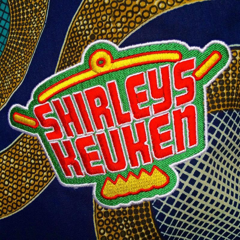 Logo borduren op schort